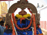 Note the Kuzhal of PerumAL after chUrnAbishEkam-kODali mudichu.jpg
