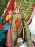 Bakthavatsalan after theerthavAri2 in Palanquin.jpg