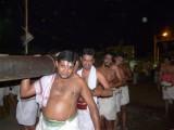 Sri pAdam thangi team - pin kattu- left side (Large).JPG