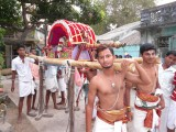 thamar uganda parthasarathi in nAcchiyar thirukOlam - Kids vahanam2 (Large).JPG