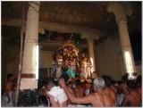 pArthasarathi on Hanumantha vAhanam in gangai kondan mandapam.jpg