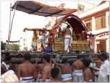 TheerthavAri day -Parthasarathi doing porvai kalayal2.jpg