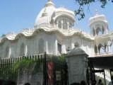 Krishna mandir, Brindavan.JPG