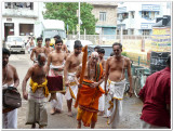 13-HH Sriperumbuthur Embar Jeeyar swamy arriving.jpg