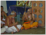 19-HH Sriperumbuthur Embar Jeeyar swamy in the gOshti2.jpg