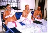 mannarkudi swamy,Dr.Vedantadesikan &  Sri lakshminrisimhachariar Swamy.JPG
