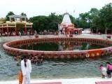 018-Chakra theertham at Naimisaranyam.JPG