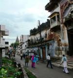 006-A street in Ayodhya.JPG
