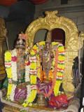 Sri Kesavan with Aandaal.JPG