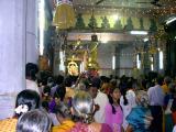 Sri Parthasarathi entering Paramapada Vaasal-1.JPG