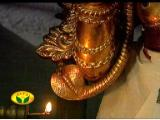 The speciality of the Periya ThiruvaDi -A serpant on the Right shoulder.jpg