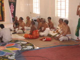 Scholars attending the lecture-Sri Akkarakkani SriNidhi svAmi and Sri KBDevarajan svAmi seen in the picture.jpg
