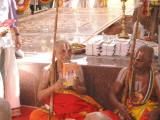 Sri Periya JEyar svami releaseing Life history of ananthAzvan intamil.jpg