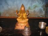 04-ThAyar wonderfully decorated in Mana kAppu.jpg