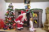 CHRISTMAS ROOM BOX