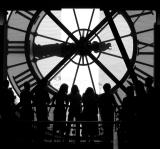 tourists from Musee d'Orsay