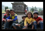 3457 Indonesia, children at Arjuna temple complex