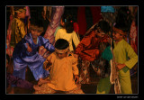 2930 Indonesia, performance by children Angklung
