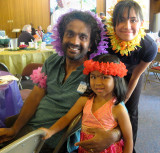 Page's man Shishir and their daughter , with Melissa (daughter of cousin Carolyn)