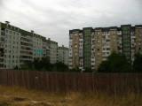 Stark apartment blocks in the Ciocana quarter