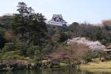 Hikone-jō overlooking Genkyū-en