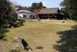 Raku-raku-en and palace