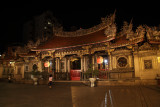 Longshan Temple by night