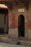 Back door into the main hall of Longshan Temple
