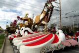 Rose Parade Float Viewing 06