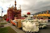 Rose Parade Float Viewing 12