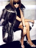 Snejana Onopko as Anna Wintour /Vogue/