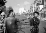 Eddie Adams /1933-2004/: Nguyen Ngoc Loan executing Nguyen Van Lem, 1968