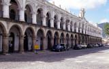 Antigua, Palacio de los Capitanes Generais