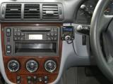 Parrot LS3200 in Mercedes ML270 04 plate.JPG