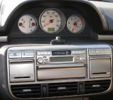 Parrot Evo kit in Nissan Xtrail 03 plate.JPG