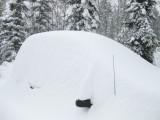 Our Car under Snow IMG_0775.jpg