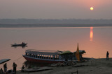 01 Lever du jour sur le Gange