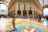 Shopping & selfie time @ Galleria Vittorio Emanuele,Milan