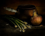 Onions with Copper Pot