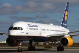 ICELANDAIR BOEING 757 200 KEF RF IMG_8927.jpg