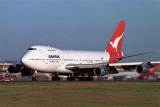 QANTAS BOEING 747 200 SYD RF 372 8.jpg