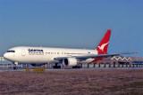 QANTAS BOEING 767 300 BJS RF 1322 13.jpg