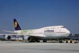 LUFTHANSA BOEING 747 400 FRA RF V4602.jpg