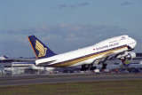 SINGAPORE AIRLINES BOEING 747 400 SYD RF 1575 32.jpg