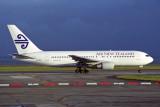 AIR NEW ZEALAND BOEING 767 200 AKL RF 1611 36.jpg