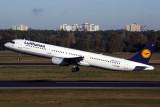 LUFTHANSA AIRBUS A321 TXL RF 5K5A1636.jpg