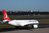 TURKISH AIRLINES AIRBUS A330 300 TXL RF  5K5A1798.jpg