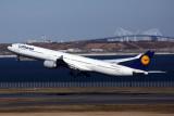 LUFTHANSA AIRBUS A340 600 HND RF 5K5A4172.jpg