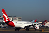 QANTAS AIRBUS A330 200 SYD RF 5K5A3099.jpg