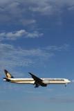 SINGAPORE AIRLINES BOEING 777 300ER MEL RF 5K5A3482.jpg